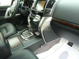 Установка бесштыревого блокиратора КПП на Toyota Land Cruiser 200